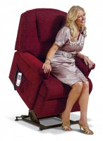 Milburn Small 1-motor Electric Lift Recliner