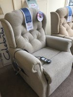 Celebrity Woburn Compact lift/Rise Recliner Chair