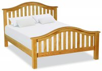 "Clumber 5'0"" Classic Slatted Bed"