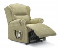 Claremont Small 1-motor Lift Recliner