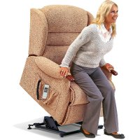 Ashford Royale 1-motor Electric Lift Recliner - Knuckles