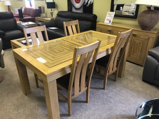 WILLIS & GAMBIER MAZE DINING TABLE & 4 CHAIRS