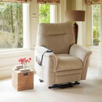 Hudson Lift and Rise Recliner