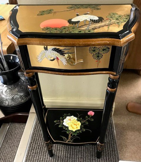 Chinese Handmade Black Lacquer with Mother of Pearl Small Hall Table