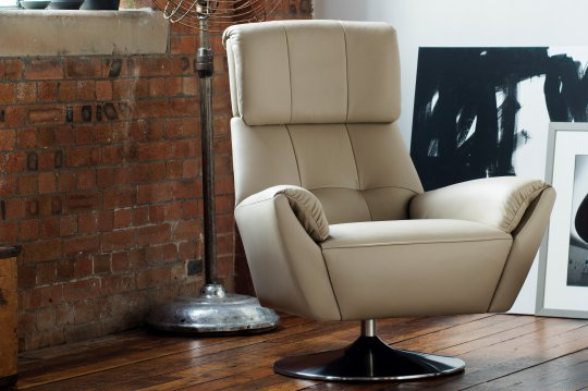 Evolution 1703 Swivel Chair with Brushed Chrome Base